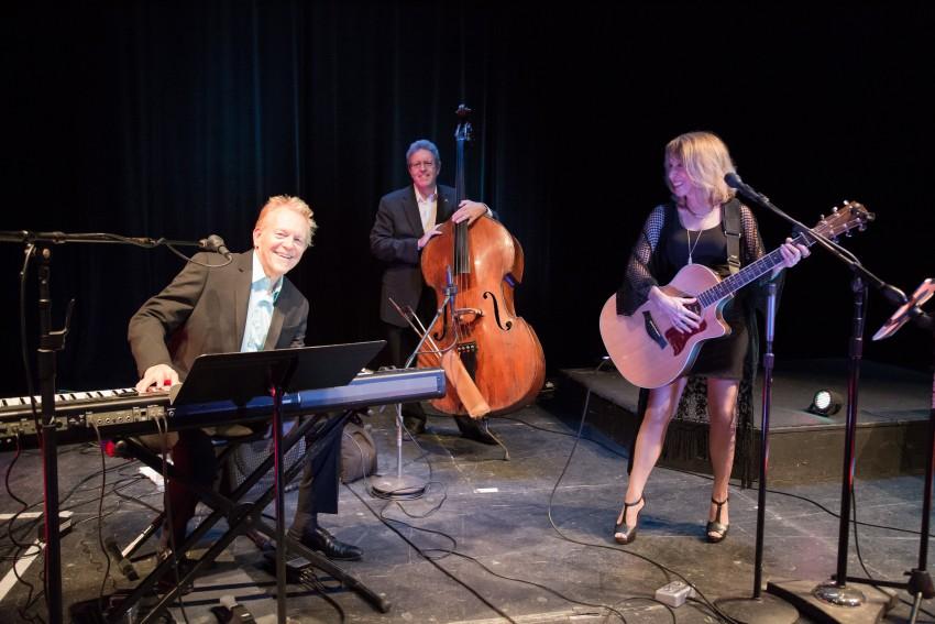 Robin Swenson Trio 1